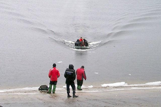 Сьогодні врятували ще декількох рибалок у Світловодську (ОНОВЛЕНО)