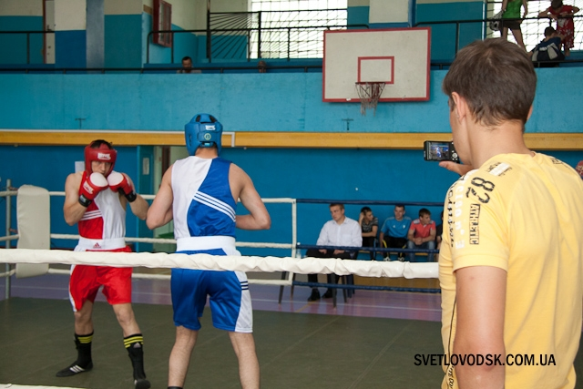 Свято боксу у Світловодську відбулося