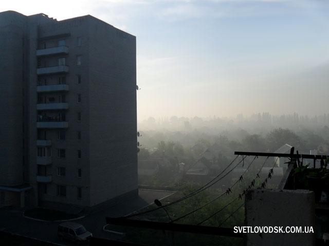 Жителі Табурища потерпають від чадного диму з місцевого сміттєзвалища