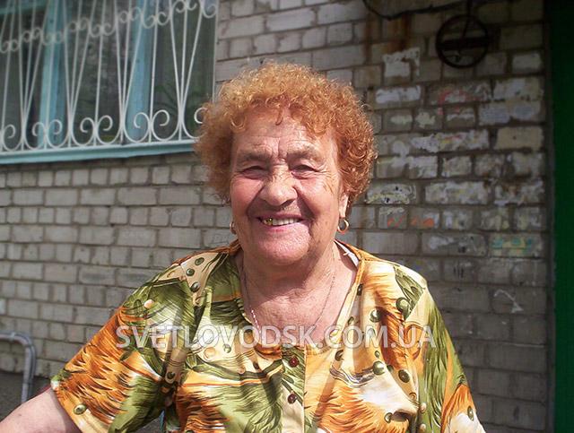 Кому потрібна та баба Катя, або жах на вулиці Леніна