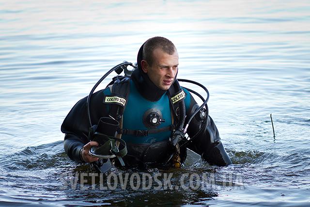 Трагічний випадок на Кременчуцькому водосховищі — за вилов риби під час нересту браконьєр заплатив власним життям