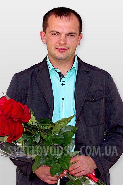 Хто він — Юрій Стогній?