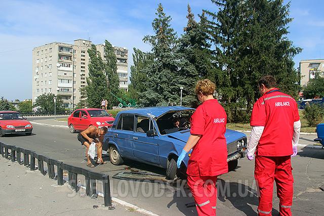 Фотофакт: ДТП біля Обеліску Слави у Світловодську (ДОПОВНЕНО)