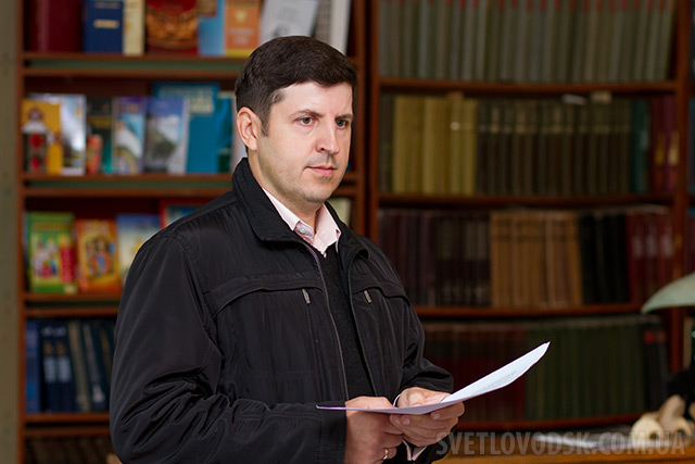 «Просвіта» запрошує на конкурс читців поезій Костя Оверченка