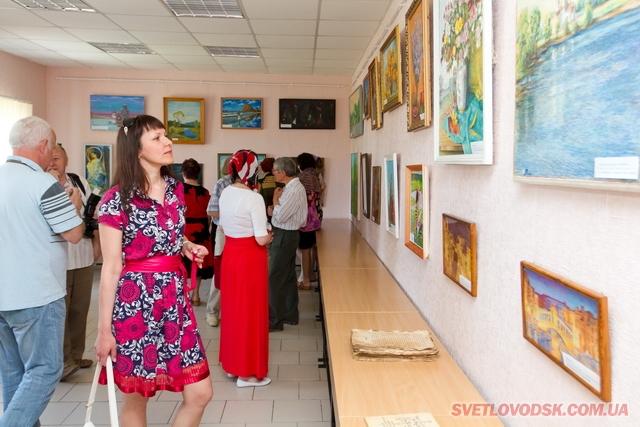 У Світловодську відкрито постійно діючу галерею живопису «Гармонія душі»