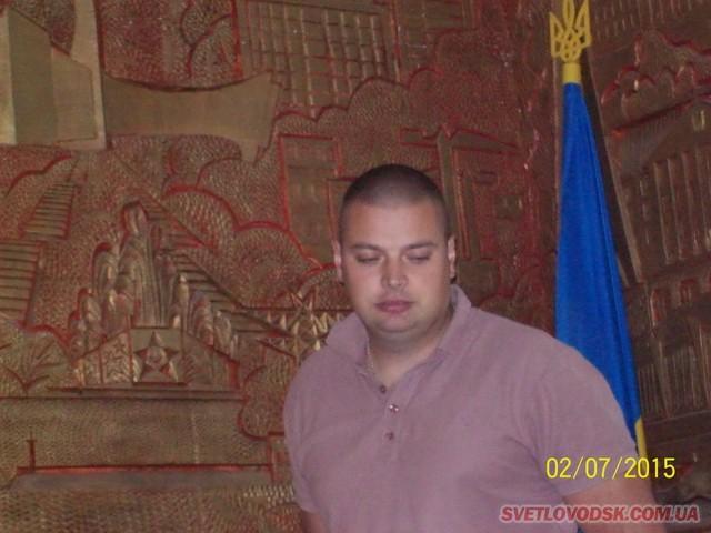 Володимир Петров