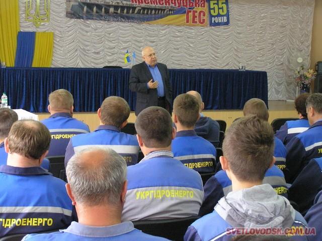 Зустрічі в трудових колективах міста продемонстрували підтримку Геннадія Френкеля