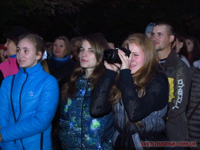 Шоу Олега Кензова в подарунок від Костянтина Каспрова отримали власівчани (ДОПОВНЕНО)