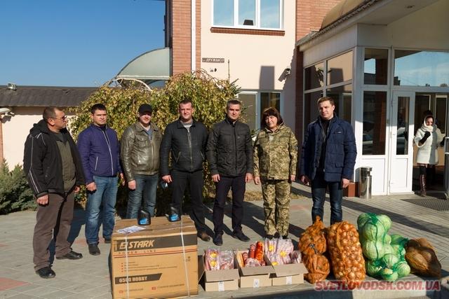 Волонтери підприємства «ВКіК» рятують наших бійців від холоду