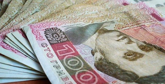 Правоохоронці викрили у крадіжці 100 тисяч гривень родича потерпілої