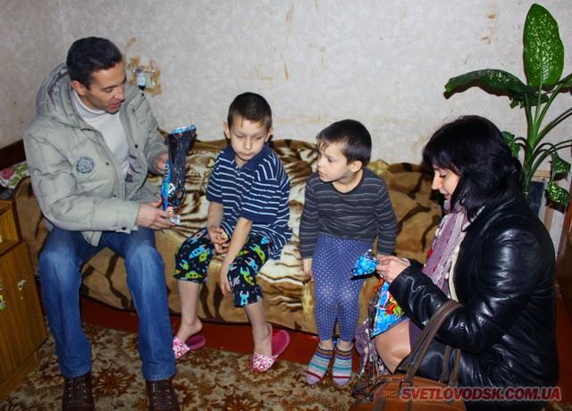 Представники Об'єднання «Самопоміч» привітали дітей з Днем Святого Миколая