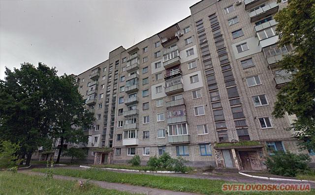 Жители дома №70 по улице Приморской задыхаются от ужасного запаха фекалий