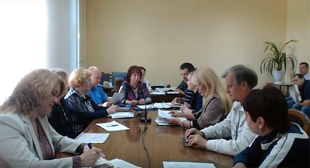 Комісія з питань сплати податків нарощує темпи роботи