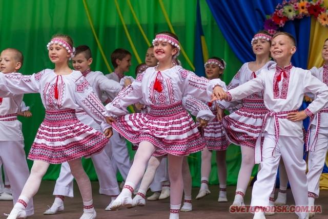 Фестиваль «Барви рідної землі» зібрав рекордну кількість учасників