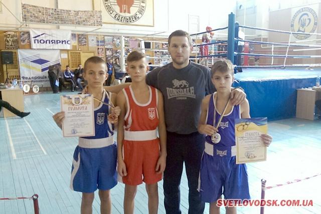 Світловодські боксери здобули срібло та бронзу на чемпіонаті України