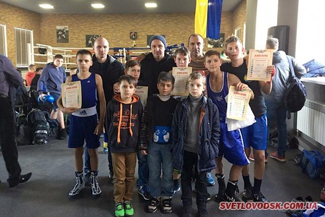 """8 золотих та 4 срібних медалей привезли до Світловодська боксери """"ЛЕГІОНу"""""""