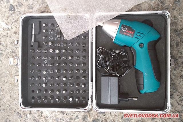 Працівники поліції  встановили особу злодія, який викрав електроінструменти