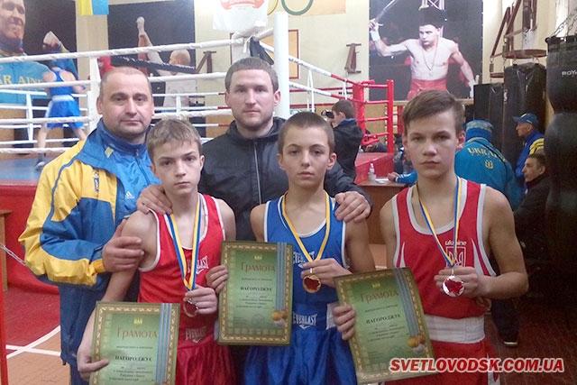 Золото і срібло у світловодських боксерів