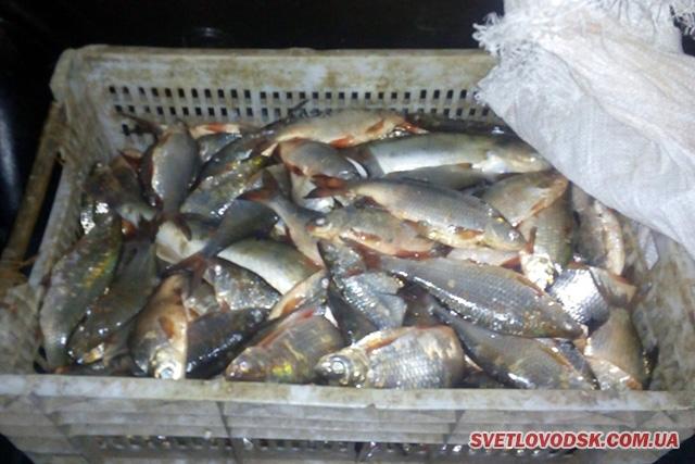 Буремне життя рибоохорони акваторії Кременчуцького водосховища