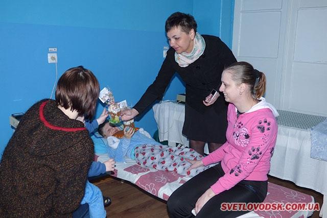 Святкові кошики — дітям учасників АТО