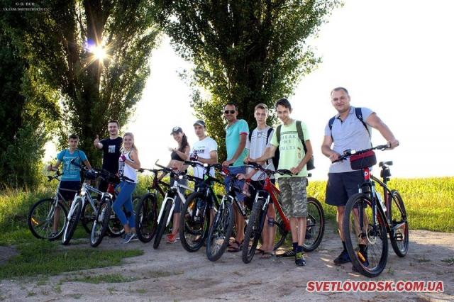 Група «ВелоФотоСвітловодськ» запрошує до спільних мандрівок