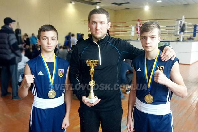 Кіровоградщину на чемпіонаті України з боксу представлятимуть двоє світловодців