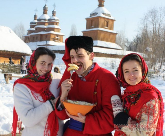 Українська Масниця, або Колодій: традиції та значення свята і чому в ці дні варто готувати вареники, а не «бліни»