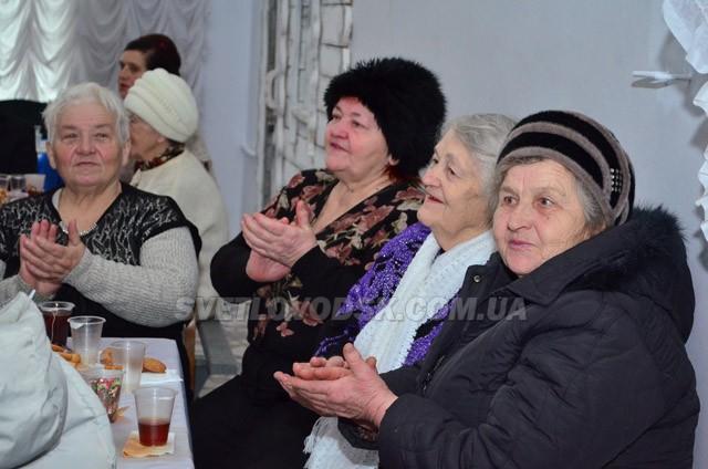 Душевне свято 8 Березня у світловодському клубі «Серця назустріч»