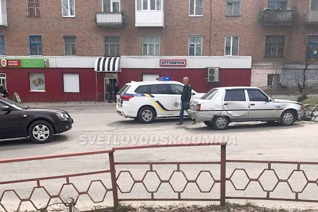ДТП на центральній вулиці Світловодська: Hyundai Sonata — ЗАЗ Славута