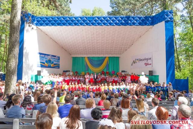 Чи можливий фестиваль «Барви рідної землі» без підтримки депутата?