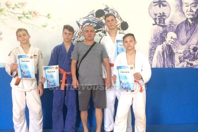 Троє дзюдоїстів Світловодська стали чемпіонами області