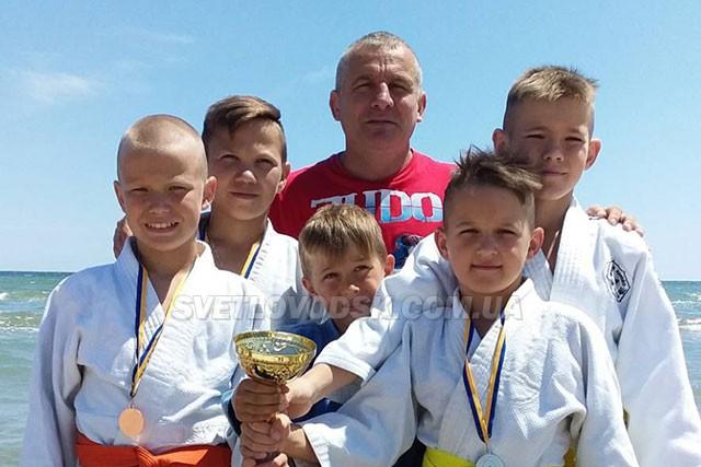 «Азовська хвиля» принесла  дзюдоїстам  Світловодська  чотири медалі
