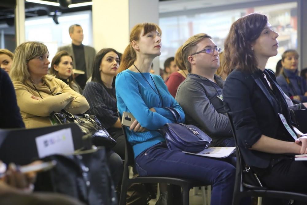 """Звірили курс із загальними світовими трендами на ринку медіа. SVETLOVODSK.COM.UA та """"Вісник Кіровоградщини"""" — на хвилі"""
