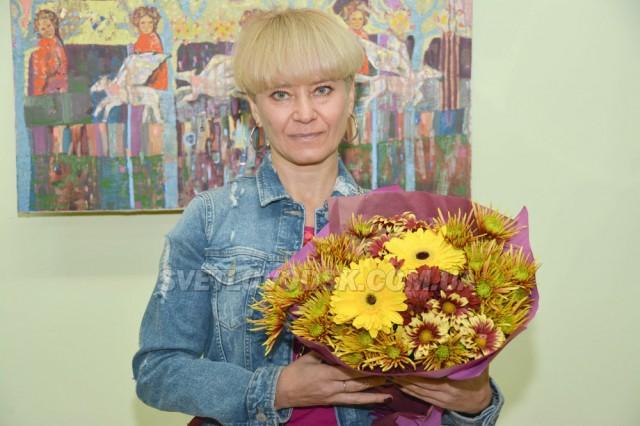 Інна Мосієнко з виставкою картин «Перегони думок»