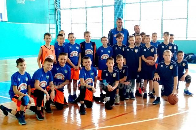 Дві команди з Кіровоградщини потрапили у найвищий дивізіон дитячо-юнацького баскетболу