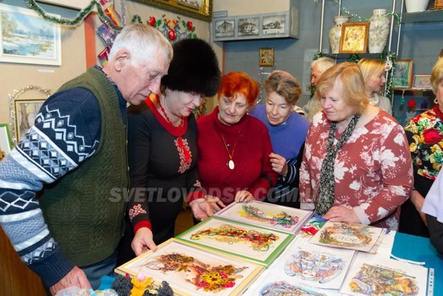 «Новорічно-різдвяні мотиви» у краєзнавчому музеї