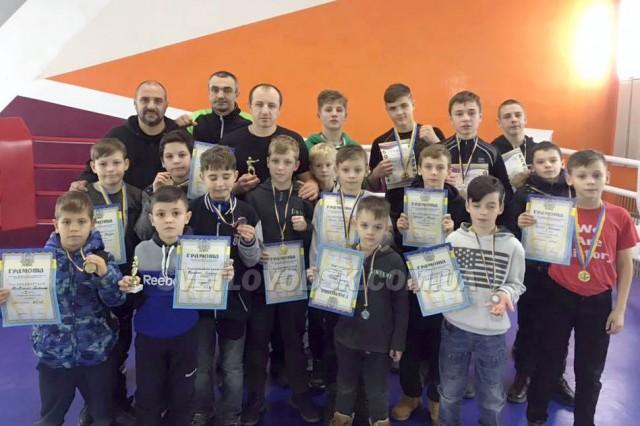 """Боксерські клуби """"Легіон"""" та """"Атлант"""" гідно представили Світловодськ на Всеукраїнському турнірі"""