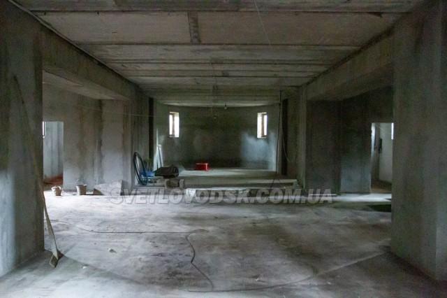 Підлога з обігрівом та купель у зріст дорослої людини — таким буде новий храм на Ревівці