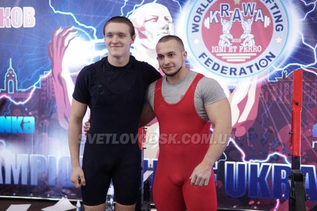 Микола Нейбургер і Сергій Мусієнко дебютували в чемпіонаті України з пауерліфтингу