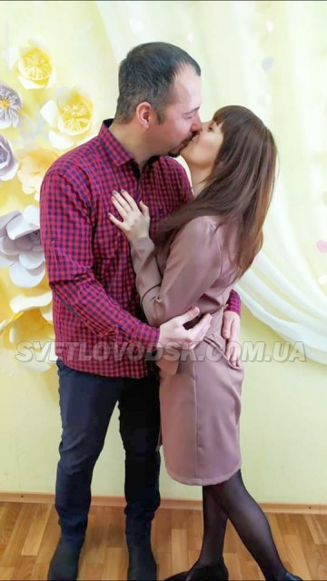 ФОТОФАКТ: Одруження у День усіх закоханих (ДОПОВНЕНО)
