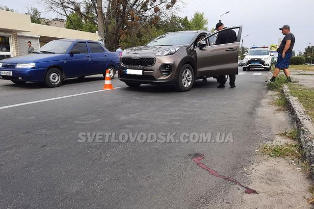 ФОТОФАКТ: На пішохідному переході збили дівчину