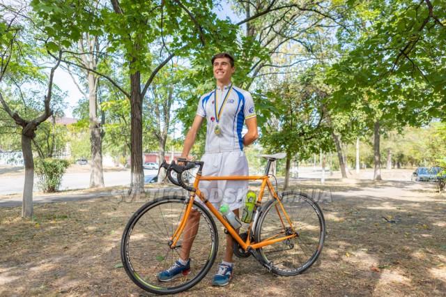 Вихованець відділення велоспорту Світловодської КДЮСШ №1 Андрій Довганюк