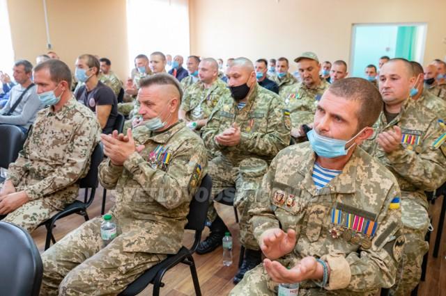 На приватному підприємстві «Віктор і К» ветеранів АТО привітали з Днем Незалежності України